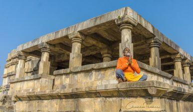 Barsur temple